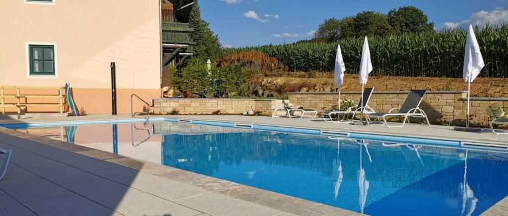 tuerlinger-hotel-gasthof-swimming-pool-cham-oberpfalz